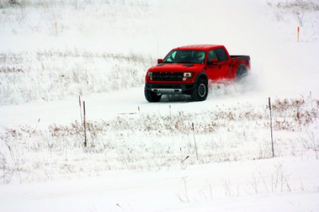 Ford F150 Raptor Red winter